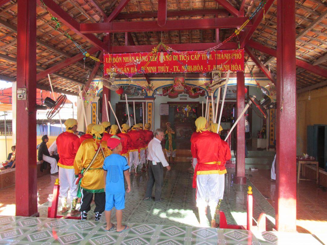 Dân làng thôn Ngân Hà làm Lễ đón nhận đình Ngân Hà xếp hạng di tích cấp tỉnh